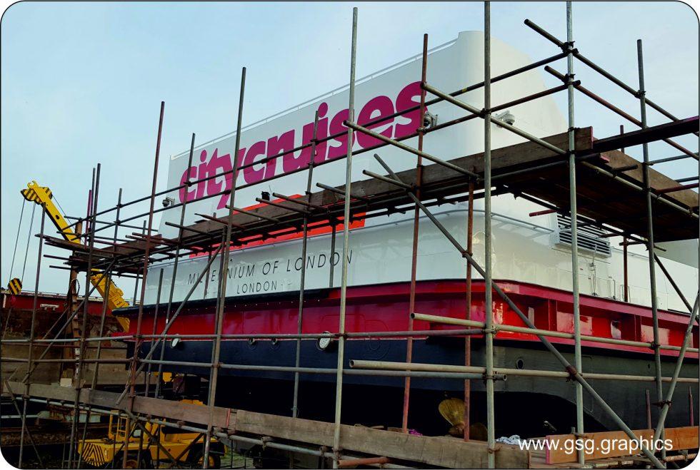 commercial vessel - City Cruises Aft Branding Millennium of London