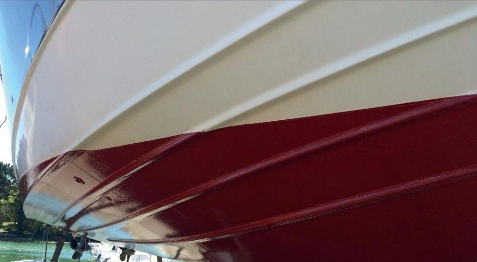 Macglide silicon Antifoul on motor boat